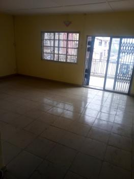 a Very Spacious Newly Renovated 3 Bedroom Flat, Abule Oja, Yaba, Lagos, Flat for Rent