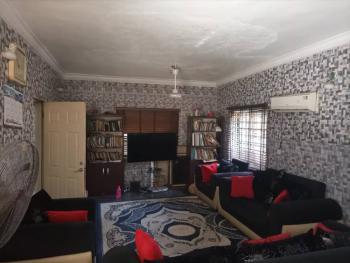 Distress 6 Bedroom Duplex in a Pretty Location, Zone 6, Wuse, Abuja, Detached Duplex for Sale