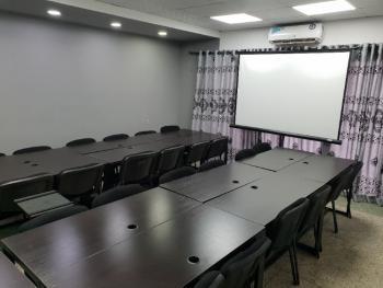 Hantek Digital Training Space, 52a, Ikorodu Road, Fadeyi, Shomolu, Lagos, Conference / Meeting / Training Room for Rent
