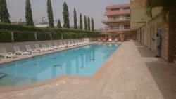 Units Of 4 Bedrooms And 3 Bedrooms Luxury, And Serviced Flats With Olympic Size Pool, Gym, Bar, Other Facilities., Maitama District, Abuja, Flat / Apartment for Rent