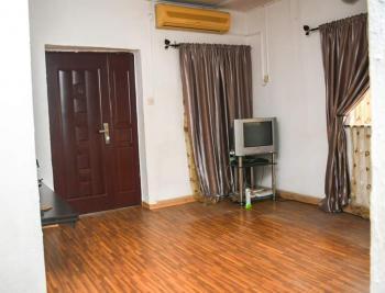 3 Bedrooms Apartment, Lsdpc Estate, Isolo, Lagos, Flat for Sale