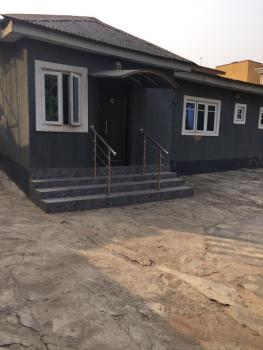 4 Bedrooms Bungalow, Omole Phase 2, Ikeja, Lagos, Flat for Rent