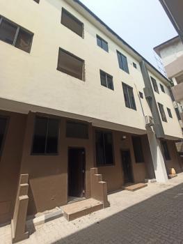 Nicely Built Three Bedroom Flat, Lekki Right, Lekki Phase 1, Lekki, Lagos, Flat for Rent