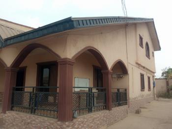 5 Bedroom Duplex with Modern Facilities in a Serene Environment, Beside Golden Hotel, Akala Expressway, Challenge, Ibadan, Oyo, Detached Duplex for Sale