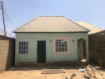 2 Bedrooms Carcass Bungalow with Bq, Kaduna North, Kaduna, Detached Bungalow for Sale
