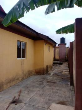 Spacious 4 Bedroom Apartment with Bq, Owode Estate, Apata, Ibadan, Oyo, Block of Flats for Sale