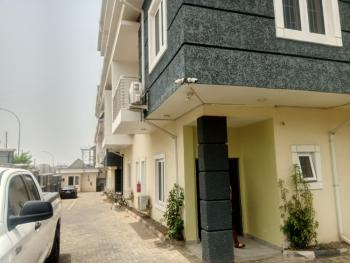 Service 5 Bedrooms, 2 Sitting Room with Bq, Guzape District, Abuja, Terraced Duplex for Rent
