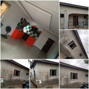 Neatly Renovated and Spacious 4 Bedroom Bungalow in a Secure Estate., 1 Minutes Away From Novare Mall, Lekki Expressway, Lekki, Lagos, Detached Bungalow for Sale