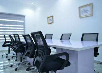 Co-working Space, Adekola Balogun Street, Lekki Phase 1, Lekki, Lagos, Office Space Short Let