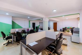 Co- Working Space, 3/9, Olu Koleosho Street, Off Medical Road, Ikeja, Lagos, Office Space for Rent