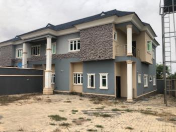 Nicely Built  4 Bedrooms Duplex with Excellent Facilities, Kolapo Ishola Gra., Ibadan, Oyo, Detached Duplex for Sale