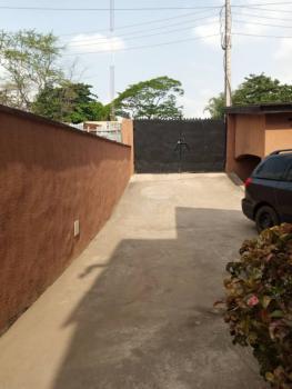 Lovely 2 Bedroom Apartment, Omole Phase 2, Ikeja, Lagos, Flat for Rent
