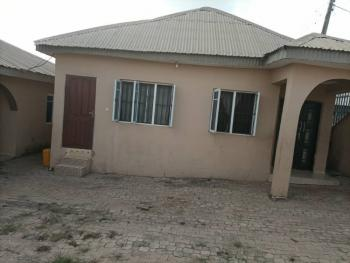Relatively New 4 Bedrooms Bungalow with 2 Bedrooms Flat in a Secured Location, Akatapa Layout, Off Unity Estate, Eleyele, Ibadan, Oyo, Detached Bungalow for Sale