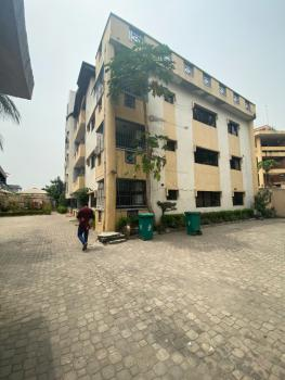 Spacious 3 Bedroom Flat with a Swimming Pool and Bq, Victoria Island (vi), Lagos, Flat for Rent