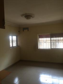 3 Bedrooms, Off Emmanuel Keshi Street Magodo Gra Phase 2, Gra Phase 2, Magodo, Lagos, Flat for Rent