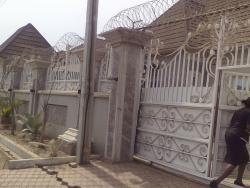 Luxurious 5 Bedrooms Pent House Bungalow With Excellent Facilities, Lokogoma District, Abuja, 5 bedroom, 6 toilets, 5 baths Detached Bungalow for Sale