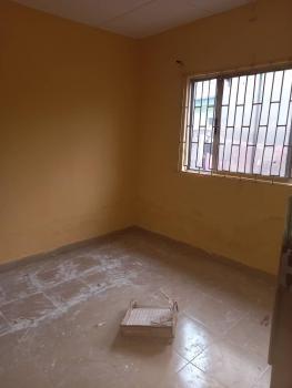 a Good and Nice Very Spacious Mini Flat, Sabo, Yaba, Lagos, Mini Flat for Rent