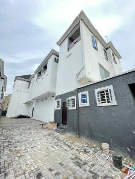 Spacious   3 Bedroom Apartment, 2nd Toll Gate Chevron, Lekki Phase 2, Lekki, Lagos, Flat for Sale