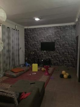 2 Bedroom Apartment, Off Herbert Macaulay Road, Ebute Metta West, Yaba, Lagos, Flat for Sale