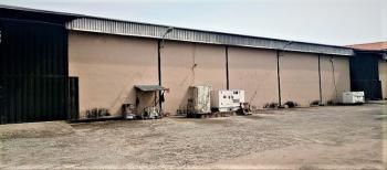24,000 Sqft Prime Warehouse for Lease, Along Oshodi-apapa Expressway, Cele, Isolo, Lagos, Warehouse for Rent