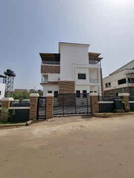 Classic 5 Bedroom Detached Duplex  with Swimming Pool, Guzape District, Abuja, Detached Duplex for Sale