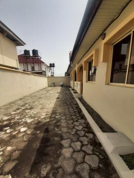 Nearly Renovated 2 Bedroom Flat, Osapa, Lekki, Lagos, Flat for Rent