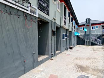 Roomself, Fola Agoro, Yaba, Lagos, Flat for Rent