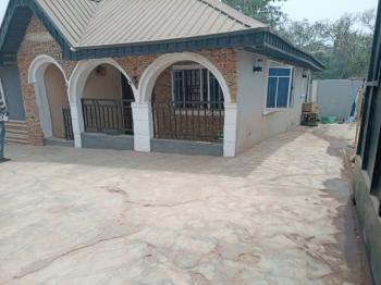 2 Bedrooms Bungalow, Unity Estate, Close to Gastab Filling Station, Ologuneru, Ibadan, Oyo, Detached Bungalow for Sale
