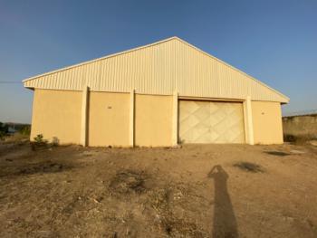 Massive Newly Built Warehouse, 1km Jos Road, Opp Sadwanka Barrack,, Bauchi, Bauchi, Warehouse for Rent