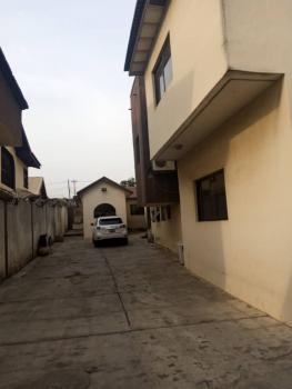 Nice 3 Bedroom Flat with Good Facilities, Omole Phase 2, Ikeja, Lagos, Flat for Rent
