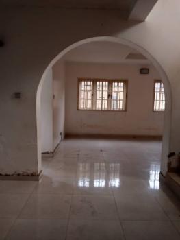 Massive Luxury 4 Bedrooms Duplex, Surulere, Lagos, Semi-detached Duplex for Rent