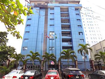 Clean One Bedroom Apartment On7th Floor+kitchen+elevator+swimming Pool, Off Adetokunbo Ademola Road, Victoria Island (vi), Lagos, Flat Short Let