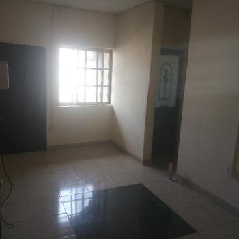 Spacious 1 Bedroom Apartment Upstairs with Prepaid Meter, Off Lawanson Road, Surulere, Lagos, Mini Flat for Rent
