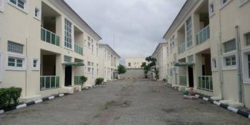 Luxury Spacious Fully Serviced 3 Bedrooms Flat with Bq & Swimming Pool, Lekki Phase 1, Lekki, Lagos, Flat for Rent