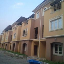 10 Units, 3 Bedroom Luxury Maisonette with Bq., Off Obafemi Awolowo Way, Utako, Abuja, Terraced Duplex for Rent