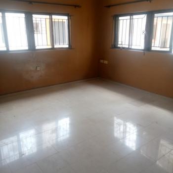 Spacious 2 Bedrooms Flat. Upstairs, Thomas, Ajah, Lagos, Flat for Rent