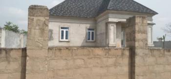 Standard 4 Bedrooms Bungalow on a 90x100, Amagba Ugbor Road Gra, Benin, Oredo, Edo, Detached Bungalow for Sale