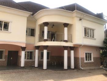 Distress 6 Bedrooms Duplex + 2 Room Bq, Gwarinpa Estate, Gwarinpa, Abuja, Detached Duplex for Sale
