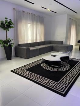 Luxurious 4 Bedroom Apartment, Lekki Phase 1, Lekki, Lagos, Flat Short Let