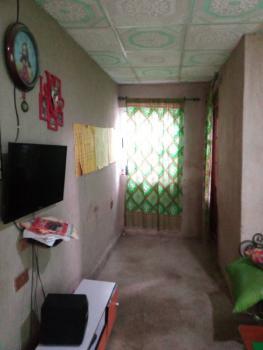 2 Bedroom Flat, Ago-okota, Oshodi, Lagos, Block of Flats for Sale