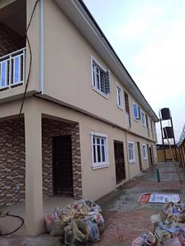 Lovely 2 Bedroom Flat in a Cool Area, Oyadiran Estate, Sabo, Yaba, Lagos, Flat for Rent