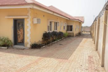 Luxury 4 Bedroom House with 3 Living Rooms, Ajegunle Street, Ilesa West, Osun, Detached Bungalow Short Let