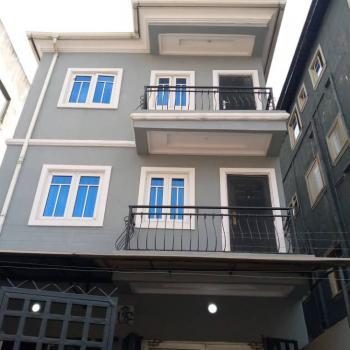 Standard 2 Bedroom Flat, Bornu Way, Yaba, Lagos, Flat for Rent