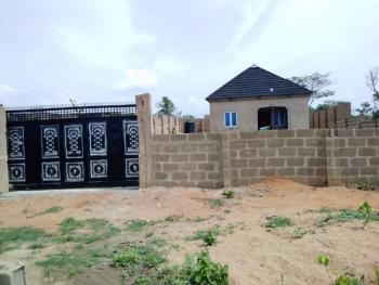2 Bedrooms Bungalow, Owo Agbara Road Off Golden Estate, Odo Ona Kekere, Ibadan, Oyo, Detached Bungalow for Sale