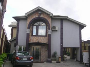 Vacant 2 Detached 15 Rooms Hotel, Off Masha, Masha, Surulere, Lagos, Hotel / Guest House for Sale