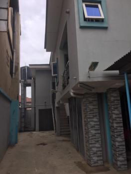 2 Bedroom Flat Apartment, Jibowu, Yaba, Lagos, Flat for Rent