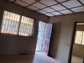 2 Bedroom Flat with Car Park, Balcony & Prepaid Meter ( Upstairs), Off Commercial Avenue, Sabo, Yaba, Lagos, Flat for Rent