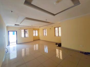 Well Maintained 3 Bedrooms Apartment, Upstairs, Osapa, Lekki Phase 1, Lekki, Lagos, Flat for Rent