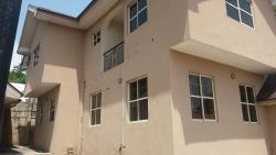 Decent 3 Bedroom Apartment, Oke-agala Estate, Queen Elizabeth Way., Ibadan, Oyo, Flat for Rent