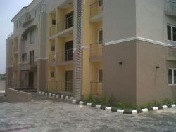 A Serviced 3 Bedrooms Flat , Ikeja, Lagos, 3 Bedroom Flat / Apartment For Rent